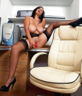 More babes in fully fashioned stockings