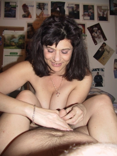 whore lusy fay shows 36d tits and hairy cunt