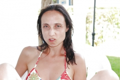 36 yo bitch jenny offers her face for cum