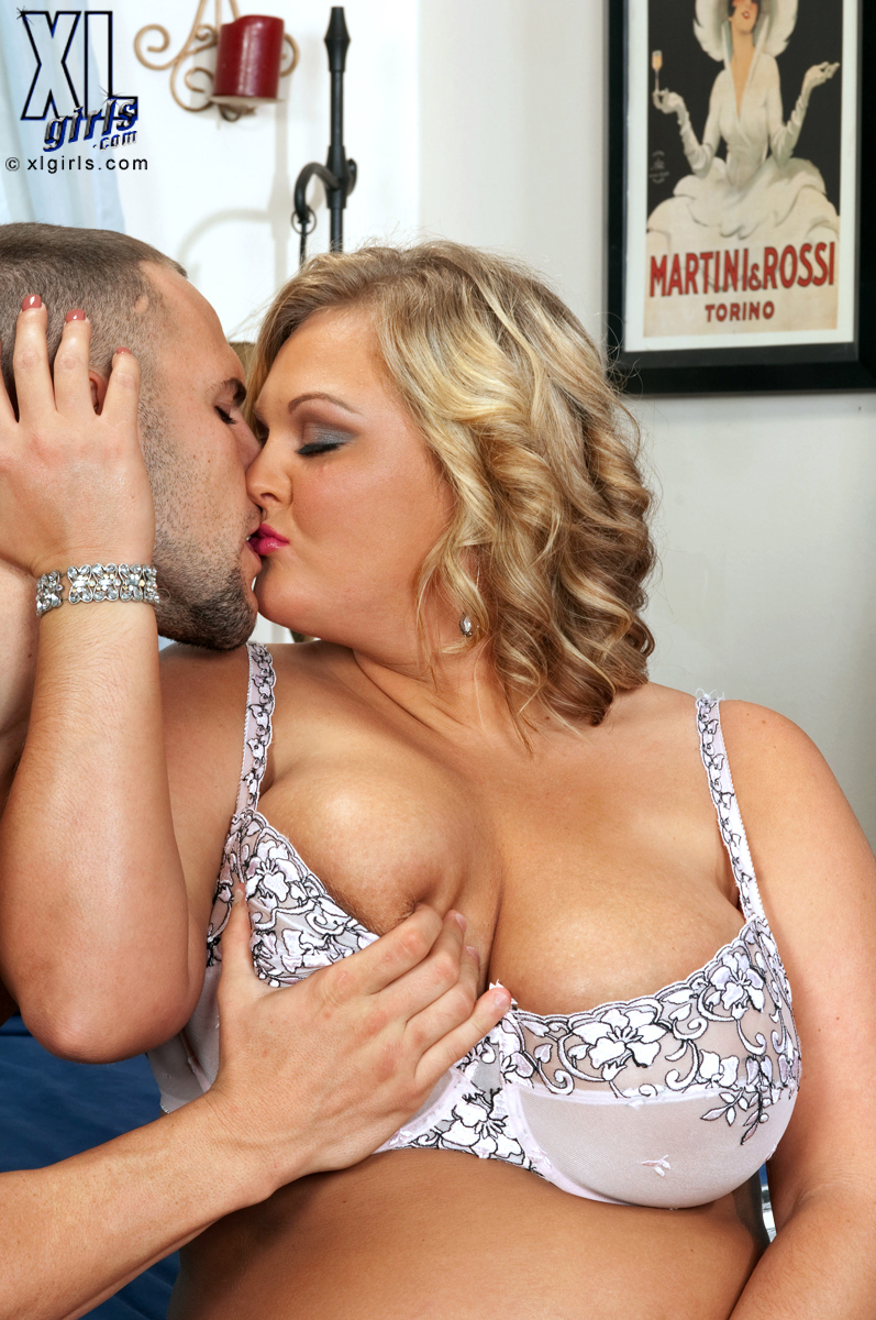Anna Kay Porn Sex - ... All The Way In Anna Kay - N ...