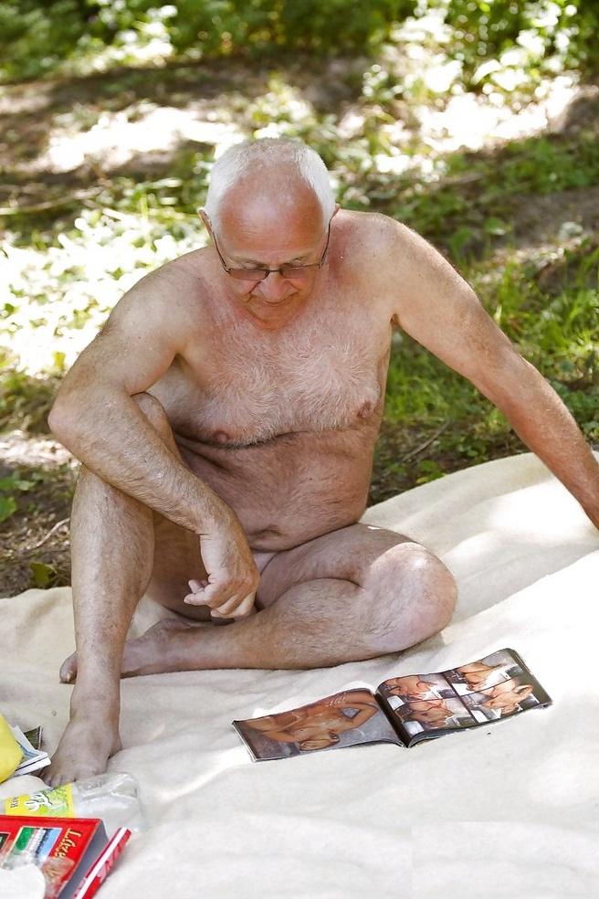 Старый дед голый 28 фотография