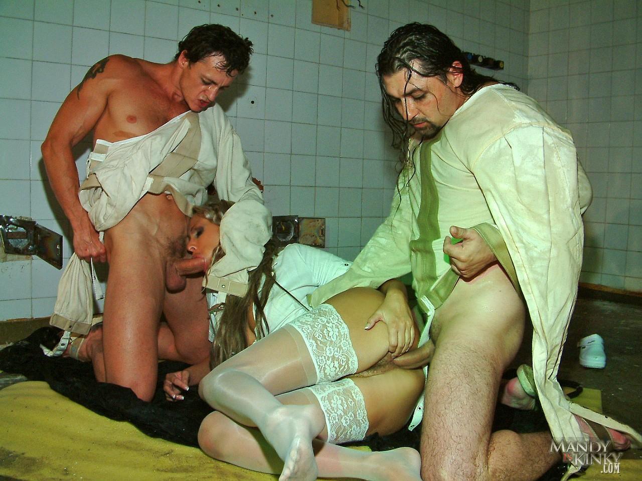 porno-medsestra-dala-patsientu