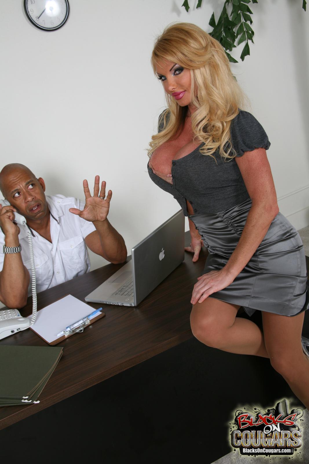 Секес в офисах 13 фотография