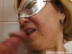 trombata-in-bagno-40nne-italiana