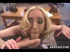 blonde-slut-loves-to-be-double-penetration