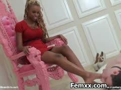submissive-dominatrix-sexy-teasing