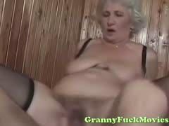 dude-fucks-sexy-euro-granny