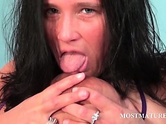 mature-slut-plays-with-her-horny-body