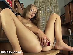 bonny-fucks-her-pussy-deep-with-dildo