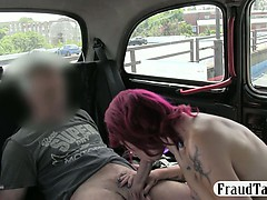 kinky-amateur-squirts-all-over-the-backseat-of-a-taxi