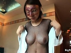 cute-japanese-babe-with-big-natural-tits-part2
