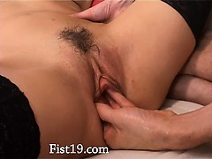 fisting-and-deep-anal-sex-with-thin