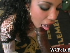 gal-gets-black-rod-in-ass