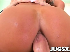 busty-italian-kitty-bella-gets-anal
