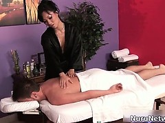 hot-babe-gives-great-erotic-massage-part2