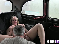blonde-passenger-recorded-pissing-blackmailed-to-have-sex