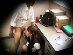 schoolgirl-caught-stealing-blackmailed-3