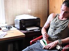 tattooed-straight-guy-chase-masturbating