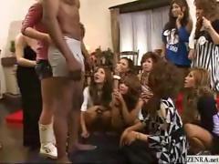 CFNM with outgoing Japanese girls who playfully examine ezfreeporn.com