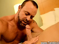 Gay Guys Thankfully, Muscle Daddy Casey Has Some Ideas Of Ho