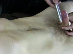 straight-dude-lets-gay-pal-toy-his-cock