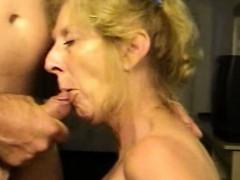 blond-mature-wife-loves-sperm