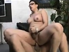 Curvy Shemale Loves Cock