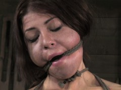 bdsm-sub-nipples-and-pussy-lips-clamped