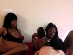 hot-ebony-femdoms-humiliating-white-guys