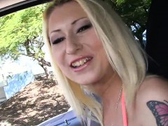 blowjob-in-outdoor-environment