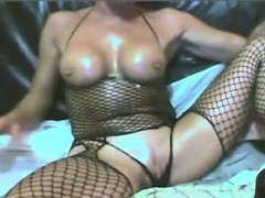 mature-british-woman-on-cam