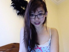 camgirl-harriet-s-avn-preparation-vlog