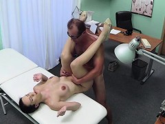 busty-skinny-amateur-giving-blowjob-and-fucking-doctor