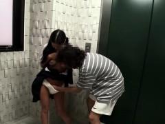 tanlines-busty-japanese-schoolgirl-fingered-until-she-soaks