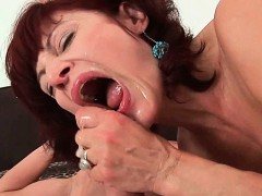 granny-wants-your-cum-on-her-face