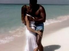 romantic-fuck-on-the-beache