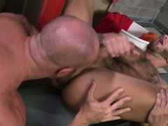 cock-sucking-stud-swallow