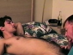 old-bears-blowjob-for-a-gaystraight-amateur