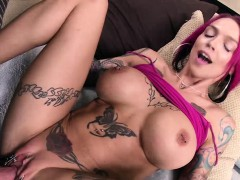 ultra-horny-babe-anna-belle-peaks-squirts-like-a-mofo