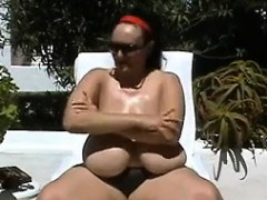 large granny with saggy tits in paradise granny sex movies