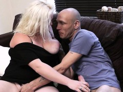 wife-leaves-and-he-cheats-with-chubby-blonde
