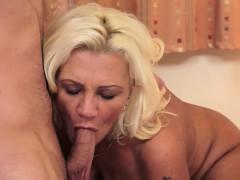 busty-wife-sucking-dick