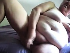 big-granny-masturbating-with-a-dildo
