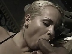 classic-anal-fucking-for-this-blonde