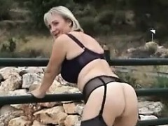 blonde-mother-masturbating-outdoors