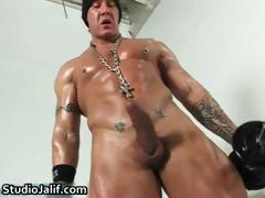 muscled-gay-hunk-rob-diesel-jerking-part2
