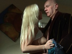 old-man-fucking-his-much-more-younger-blonde-girlfirend