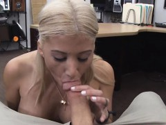 pornstar-dance-on-a-dick-to-have-money