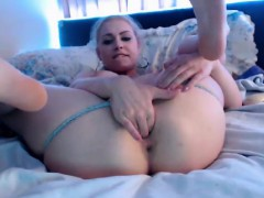 carly-hot-play-with-pussy-orgasm-fingers