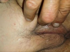 playing-with-granny-s-balding-pussy